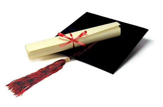 Gəlir gətirməyən diplomlarımız