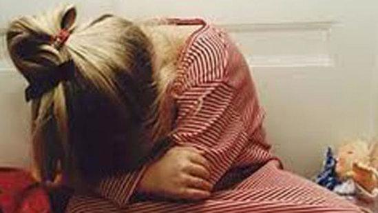 Dayıdan İYRƏNCLİK - 10 yaşlı bacısı qızını dəfələrlə zorladı, hamilə qoydu - FOTO
