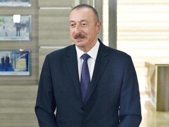 Prezident məcburi köçkünlərin ürəyindən xəbər verdi