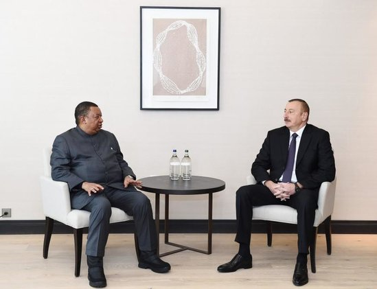 İlham Əliyev Davosda OPEC-in baş katibi ilə görüşdü - FOTO - YENİLƏNDİ