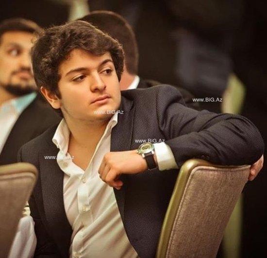 Nərgiz Paşayeva oğlunun fotolarını paylaşdı