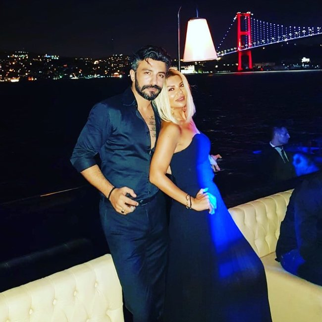 ATV-nin cazibədar aparıcısı ilə Şəhriyarın səmimi FOTOSU