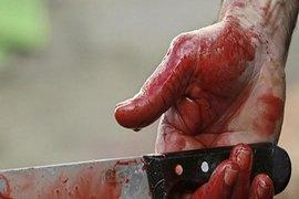 BAKIDA AİLƏ FACİƏSİ: sevgilisini ürəyindən vurdu, ana və oğulu da bıçaqladı