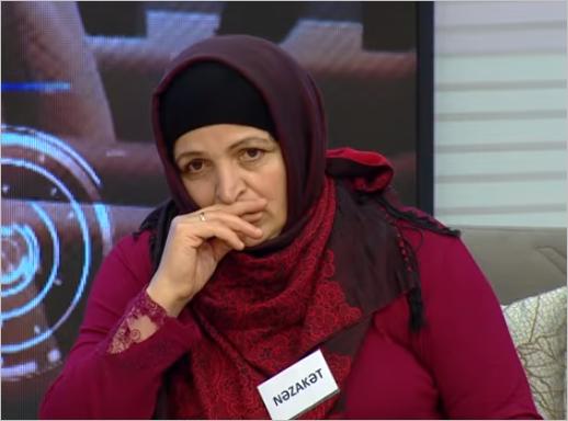 """""""Ərimin sevgilisi hücum edib məni boğmaq istəyirdi"""" - Efirdə qalmaqal - FOTO"""