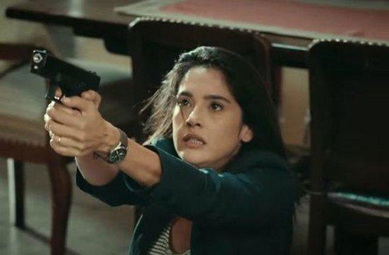 Serialda zorlanan cazibədar aktrisa: Özümü çox pis hiss etdim - VİDEO - FOTO
