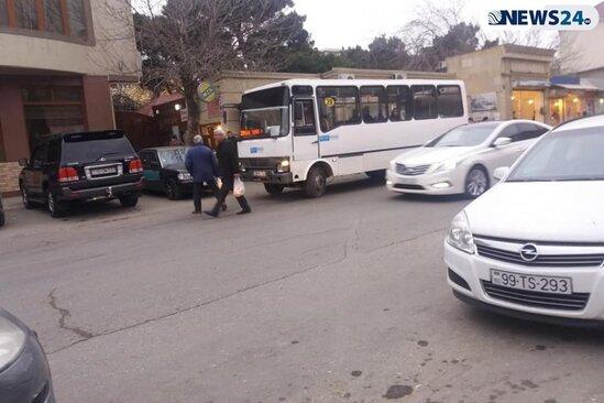 BNA-dan növbəti biabırçılıq – İri avtobusları çıxarıb yerinə balacaları buraxdılar - FOTO