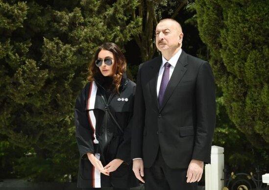 İlham Eliyev ve Mehriban Eliyeva Eldar Quliyevin defn merasimine eklil gonderib – FOTO