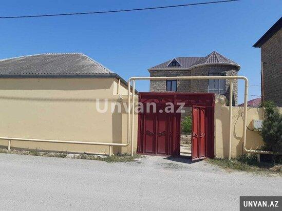 Xezer rayon Alballiq qesebesinde heyet evi satilir!