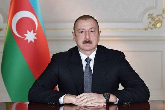 Prezident SERENCAM İMZALADİ
