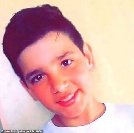 13 yaşlı uşaq koronavirusdan öldü - FOTO