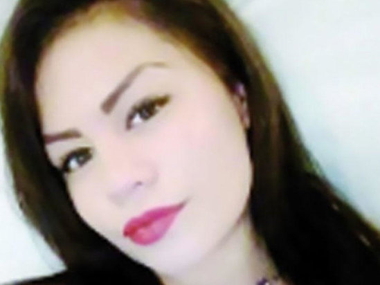 Lüt şəkilləri yayılan 19 yaşlı qız özünü asdı - FOTO