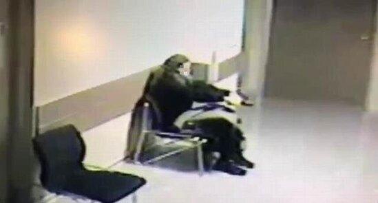 Sevgilisinin öldüyünü eşidən qadın özünü xəstəxanada güllələdi - VİDEO