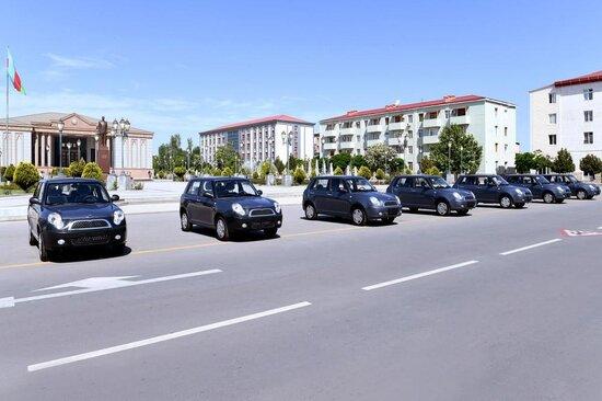 Bu avtomobiller satisha cixarilir: Qiymet 2000 manatdan bashlayir