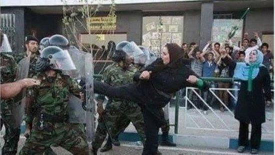 İranda İslamın ÇÖKÜŞÜ BAŞLADI: Mollalar özü hər şeyi ETİRAF ETDİ
