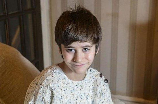 Tibdb dünyası ŞOKDA: : 10 yaşlı oğlanın böyrəyi budundadır