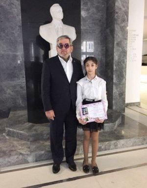 Azərbaycanlı gənc rəssam beynəlxalq sərginin qalibi oldu - FOTO