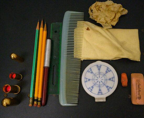 63 il əvvəl itən çantanı tapdılar - İçinə baxanda ŞOK OLDULAR - FOTO